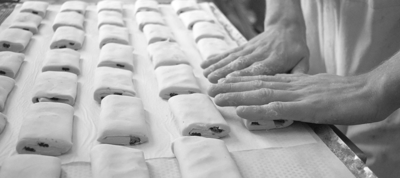 Fabrication des pains au chocolat